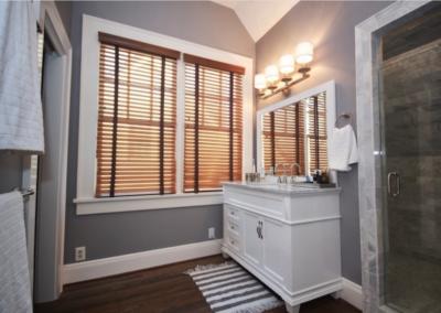 Easy Mornings – Bathroom lighting and electrical